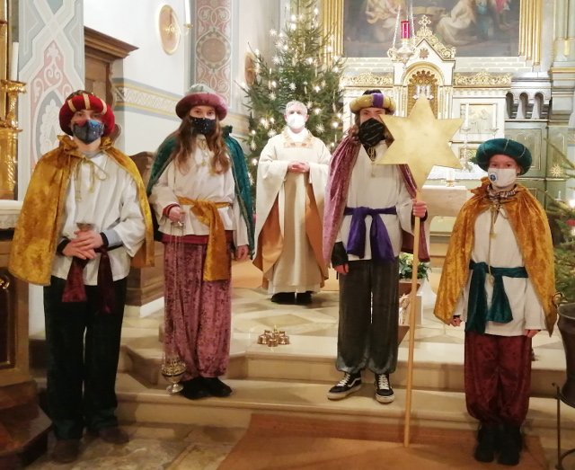 Unsere Heiligen Drei Könige mit Pfarrer Franz Pfeifer © E. Hieber